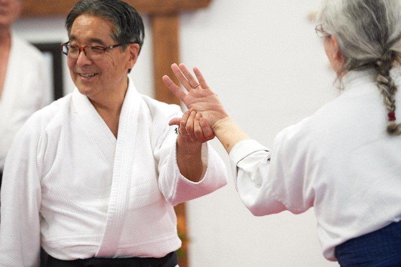 Goto Sensei and Donna demonstrating a Gyaku Kotegaeshi grip